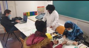Sessió de treball a una aula