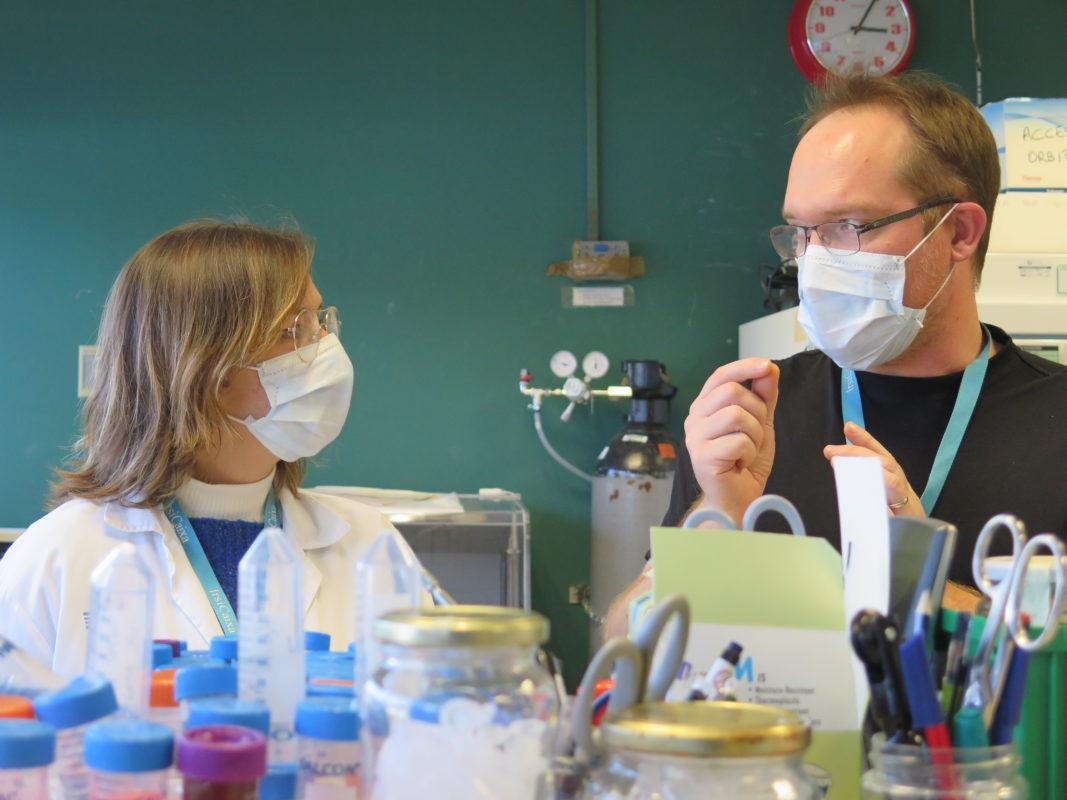 Científics al laboratori